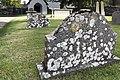 Bro kyrka gravsten.jpg