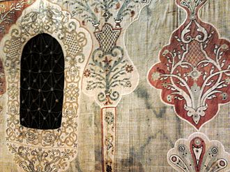 Detail of an early 18th-century tent in the District Museum in Tarnow in Poland, richly decorated in Muslim motifs and equipped with windows - an example of luxury tent-making for the Polish-Lithuanian Commonwealth's magnateria. Brody Tent fence 01.jpg