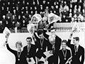 Bundesarchiv Bild 183-E0110-0005-003, Eiskunstläufer, DDR.jpg
