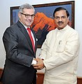 Burak Akcapar meeting the Minister of State for Culture (Independent Charge), Tourism (Independent Charge) and Civil Aviation, Dr. Mahesh Sharma, in New Delhi on September 03, 2015.jpg