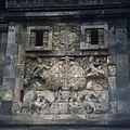 COLLECTIE TROPENMUSEUM Reliëfs op de Candi Pawon TMnr 20026880.jpg