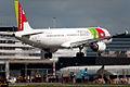 CS-TJF TAP Portugal (4515174136).jpg