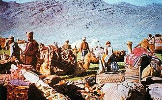 Qashqai people - Image: Caravane kachkai