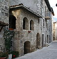 Castel Trosino Casa di Re Manfrì.jpg