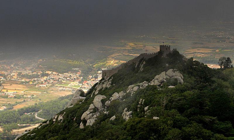 File:Castelo nas brumas.jpg