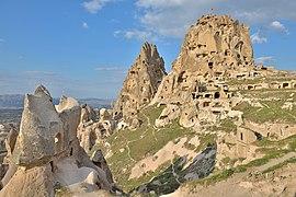 Castle Uçhisar in Cappadocia.jpg