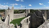 Chateau de Yevre le Chatel.jpg