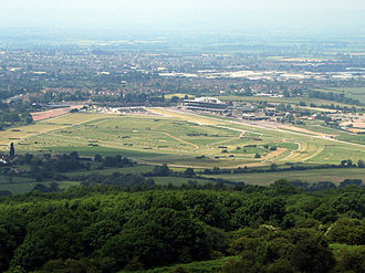 Cheltenham Racecourse - The Racecourse, seen from Cleeve Hill