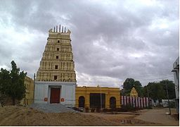 Chennakeshava swamy temple in Gadwal Fort.jpg