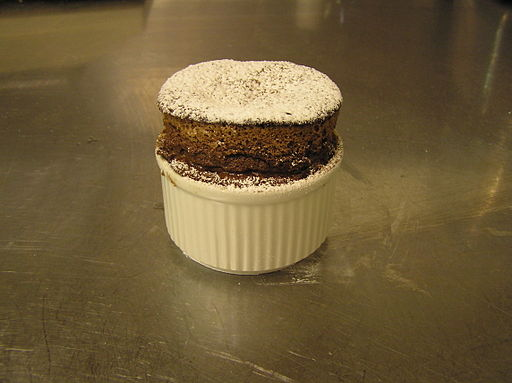 Chocolate souffle1