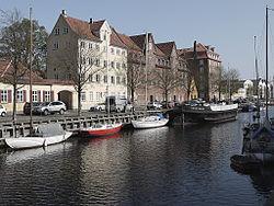 Christianshavns Kanal - houses.jpg