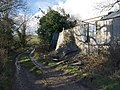 Collapsing barn - geograph.org.uk - 719878.jpg