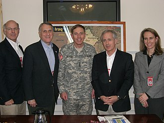 Steve Pearce (politician) - Pearce, Jon Kyl, Bob Corker, and Gabrielle Giffords with David Petraeus in 2007