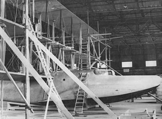 Curtiss Wanamaker Triplane - Image: Curtiss Model T partially constructed 2