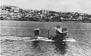 Curtiss NC-4 in Lissabon 1919.jpg