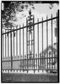 DETAIL OF TYPICAL SECTION OF IRON FENCE - High Gate Carriage House, 801 Fairmont Avenue, Fairmont, Marion County, WV HABS WVA,25-FAIR,4-28.tif