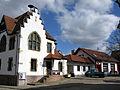 Das ehemalige Rathaus von Schallstadt mit Feuerwehrhaus.jpg