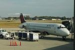 Delta N767NC Douglas DC-9 (33256538766).jpg