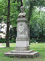 Denkmal für Ernest von Grossi Nußbaumanlagen Muenchen-1.jpg