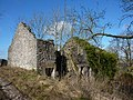 Derelict barn , covered with ivy - geograph.org.uk - 1732138.jpg