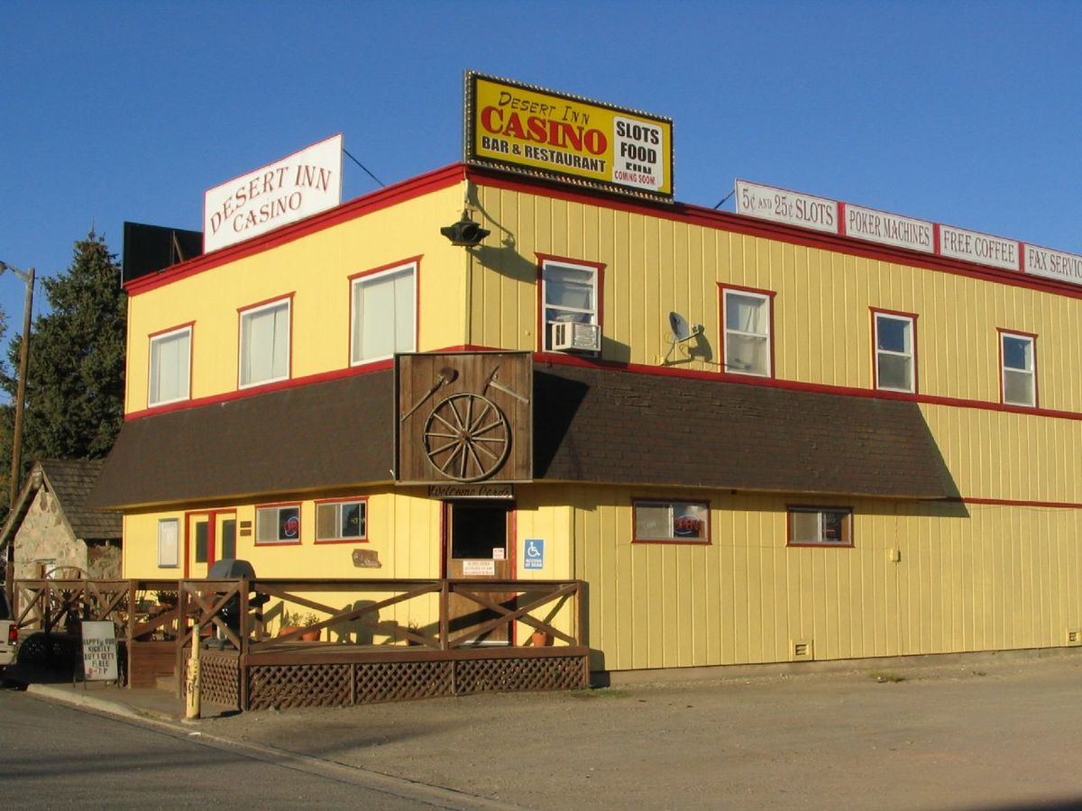 Desert Inn Casino, McDermitt, Nevada.jpg