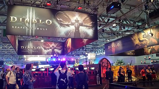 Diablo 3- Reaper of Souls and Xbox Diablo 3 edition booths - Gamescom 2013