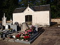 Diges-FR-89-cimetière-05.jpg
