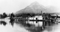 Docks at Golden BC with sternwheeler ca 1908.PNG