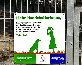 Binnen-I - Image: Dog area Forschneritschpark sign