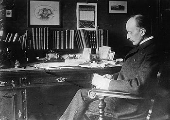 Dr. Max Planck