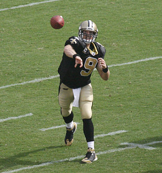 Drew Brees - Brees throwing a pass in 2008