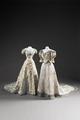 Drottning viktorias klänning buren vid Gustav Adolfs bröllop i London - Livrustkammaren - 87042.tif