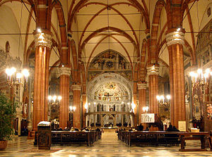 Verona Cathedral - Central nave