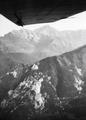 ETH-BIB-Apuanischen Alpen, Pietrasanta, Blick nach Nordosten-Kilimanjaroflug 1929-30-LBS MH02-07-0523.tif