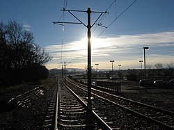 Edinburgh tramway at the airport (geograph 3243417).jpg