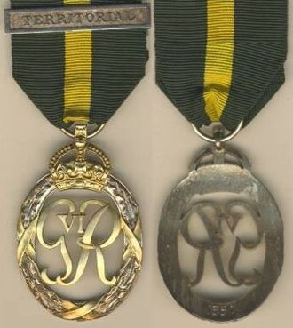 "Efficiency Decoration - Second King George VI version with a ""TERRITORIAL"" bar-brooch"