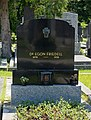 Egon Friedell grave, Vienna, 2018.jpg