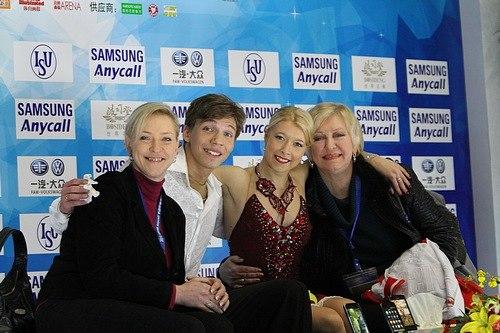 Ekaterina Bobrova Dmitri Soloviev Cup of China 2010 – Kiss and Cry