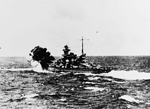 German battleship Scharnhorst - Scharnhorst firing against HMS Glorious