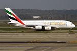 Emirates, A6-EEQ, Airbus A380-861 (25976878964).jpg