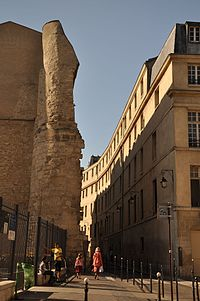 Enceinte de Philippe Auguste Paris 4ème.jpg