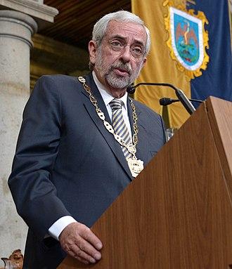 Enrique Graue Wiechers - Image: Enrique Graue Wiechers (cropped)