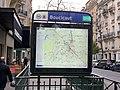 Entrée Station Métro Boucicaut Paris 5.jpg