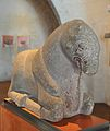 Escultura de toro sentado de época ibérica (1) - Museu Històric de Sagunt.jpg