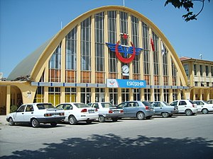 Eskişehir railway station - The front facade of the 1955 station building.