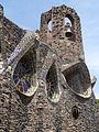 Exterior i entrada a la Cripta de la Colònia Güell 05.JPG