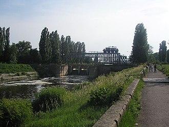 Great Bačka Canal - Image: Ferenc csatorna Becejnél
