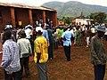 File d'electeurs devant BV à Kakobola à 12h15 4 (6435271917).jpg