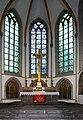 Florinskirche Koblenz. Chor, Altar und Hochkreuz (um 1820 von Lassaulx).jpg