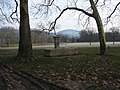 Fontaine triangle des allées - panoramio.jpg